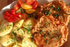 Hermelín se šunkou v pivním těstíčku Mashed Potatoes, Meat, Chicken, Ethnic Recipes, Food, Whipped Potatoes, Smash Potatoes, Essen, Meals