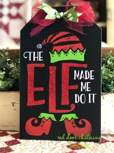 Elf Christmas Decorations, Elf Decorations, Holiday Crafts, Christmas Ornaments, Christmas Store, Christmas Wood, Homemade Christmas, Holiday Signs, Christmas Signs