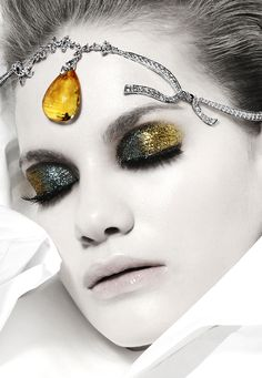 Silver & Gold Eyeshadow, editorial makeup, Photographer: Vincent Alvarez. V