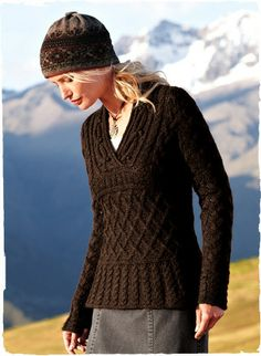 Design Detail | Fisherman's knit pullover with what looks like flared rib