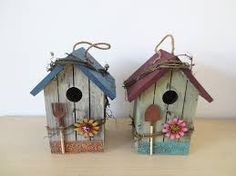 Colorful Painting Ideas for Handmade Birdhouses, Fun Yard Decorations and Unique Eco Gifts Colorful handmade birdhouse designs look beautiful on green branches and garden posts Decorative Bird Houses, Bird Houses Painted, Bird Houses Diy, Birdhouse Craft, Birdhouse Designs, Unique Birdhouses, Birdhouse Ideas, House Painting, Painting On Wood