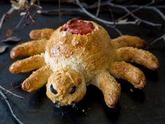 Das köstliche Krabbeln: Knusprige Pizza-Spinne zum Dippen