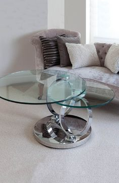 With a cleverly designed rotating tempered glass top with stainless steel base, the Greenapple Magic coffee table is perfect for displaying your favourite coffee table books or holding drinks and nibbles whilst entertaining. This contemporary piece is simply perfect for a modern interior.