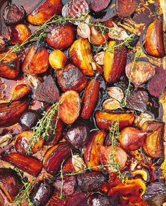 All about the beets baby! Roasting these beauties gets the most unbelievable concentration of flavour...I love them hot but served cold is even better a total treat for the festive season! Youll find these on pg 140 of my #JamiesChristmas book get your copy by clicking the link in my bio xxx