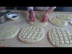 No-Bake Cheesecake Bites Greek Cake, Apple Pie Oatmeal, Tasty Videos, Cheesecake Bites, Cooking School, Pasta, Oatmeal Cookies, Healthy Baking, Coco