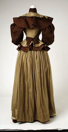 Dress (back view) Date: 1895 Culture: French Medium: silk Accession Number: 35.134.4a, b