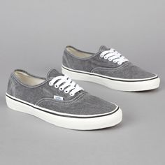 Vans Authentic Washed grey.