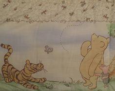 Classic Winnie the Pooh Crib bumper pad