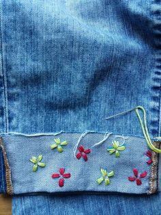 Embroidered Denim DIY Embroidery Denim Diy: How to embroider on Denim with a flower design The post Embroidered Denim DIY appeared first on Diy Flowers. Diy Embroidery Denim, Embroidery On Clothes, Embroidery Fashion, Embroidery Dress, Embroidery Stitches, Hand Embroidery, Embroidery Designs, Diy Embroidered Jeans, Embroidery Techniques