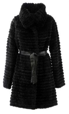 At Stampe Denmark you get quality mink fur in many many different models and cuts. Visit our webshop: www.stampedenmark.com