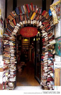 The entrance of a bookstore…I would totally do this for an entrance to playroom or something.