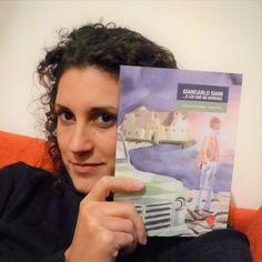Paola con il graphic novel Giancarlo Siani, e lui che mi sorride #face4books #piulibri16 #standH05 #nonchiamatelasoloeditrice #giancarlosiani #graphicnovel #libeccio dal 7 all'11 dicembre #piulibripiuliberi #roma