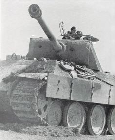 A Panther Ausf D in action with the commander searching the horizon.