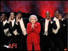 MY STEAMY STIMULATIONS...: Betty White Surprises Morgan Freeman at the 39th A...