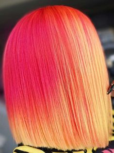 Wanna get some kind of bold hair colors to flaunt right now? Dont search any more, just explore the beauty of pink and orange hair colors to make you look more cute than ever. This is one of the best combinations of hair colors ever that we have posted here just for you.