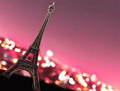 beautiful-beauty-cute-eiffel-tower-fantasy-fashion-Favim.com-77599_large.jpg (400×306)