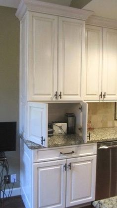 Kitchen Cabinet Ideas - CLICK THE PICTURE for Lots of Kitchen Ideas. #kitchencabinets #kitchendesign