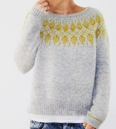 Nordic, simple and love the splash of colour Nordic, schlicht und liebe den Farbtupfer Diy Broderie, Icelandic Sweaters, Hand Dyed Yarn, Pulls, Fair Isle Knitting, Knitting Projects, Lana, Knitwear, Knitting Patterns