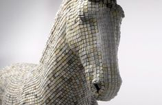 Rocking horse made of computer keys [3 pictures]