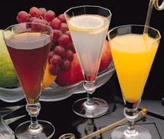 Prepara sencillas y originales recetas de licores caseros de frutas