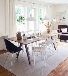 특별한 공간을 만들어 주는 테이블인테리어 테이블세트만으로도 특별함을 갖춘 공간으로 자리매김 할 수 있...