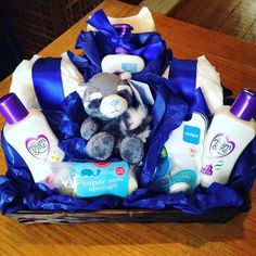 I made a baby hamper!  so tempting to do this for a business! #newbaby #babygift #broody #babyboy #gifts #babygift #mumandme #cussons #bluenose  #huggies