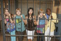 Picture: Scene from Disney Channel's 'The Suite Life on Deck.' Pic is in a photo gallery for 'The Suite Life on Deck' featuring 19 pictures. Sprouse Bros, Dylan Sprouse, Old Disney Channel, Disney Channel Stars, Sweet Life On Deck, Zack Et Cody, Old Disney Shows, Cole Sprouse Wallpaper, Dylan And Cole