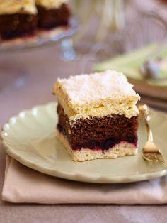 Słodkie inspiracje: Bogate ciasto z kremem