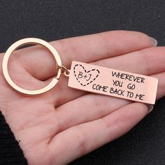 Wherever You Go Come Back To Me Engraved Keychain – BigBeryl Football Boyfriend Gifts, Diy Presents For Boyfriend, Small Gifts For Girlfriend, Thoughtful Gifts For Boyfriend, Homemade Gifts For Boyfriend, Cute Boyfriend Gifts, Bf Gifts, 1 Year Anniversary Gifts, Boyfriend Anniversary Gifts