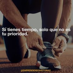 Dejarás de postergar cuando empiece a ser importante para ti. Crossfit Gym, Weight Loss Motivation, Running Motivation, Motivation Quotes, Gym Time, Fitness Goals, Fitness Quotes, Mens Fitness, Personal Trainer