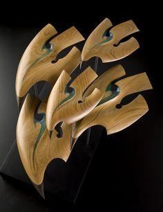 Rex Homan is a Māori artist, renowned for his delicate sculptural birds in native timbers from Aotearoa (New Zealand). Abstract Sculpture, Wood Sculpture, Kunst Der Aborigines, Polynesian Art, Nz Art, Organic Art, Maori Art, Africa Art, Art Carved