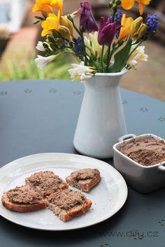 Recept na domácí játrovou paštiku s tymiánem