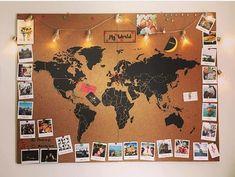 Carte du monde en liège pour accrocher des photos de nos voyages