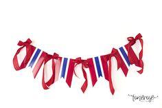 { 17. Mai dessertbord // Inspirasjon // God morgen Norge } – ToneroseDesign Norway, Banner, Glitter, Spring, Outdoor Decor, Beautiful, Banner Stands, Banners, Sequins