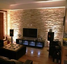Cultured Stone by Owens Corning. Pro-fit Ledgestone in color Southwest. Prefer this color for the fireplace wall. Faux Stone Walls, Stone Accent Walls, Stone Interior, Interior Walls, Interior Design, Stone Facade, Stone Cladding, Stone Siding, Living Room Modern