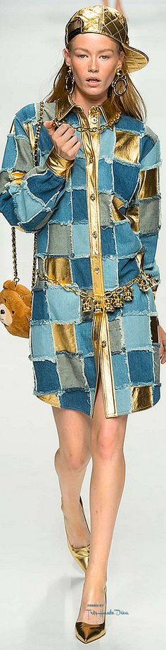 OMG Moschino Fall 2015 my 90s denim denim dreamz + chainz + more gold. I can't believe this is real but TOOOO GLAD It is ❤️