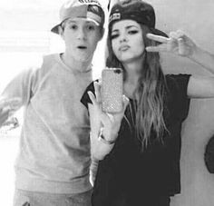Niall Horan and Jade Thirlwall manip Teenage Dirtbag, Joy And Happiness, Little Mix, 5 Seconds Of Summer, Niall Horan, Once Upon A Time, Friends Family, Girl Crushes, Jade