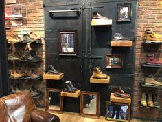 Individual shoe shelves