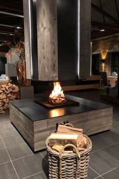 Pergola Lighting, Outdoor Pergola, Outdoor Decor, Modern Fireplace, Fireplace Design, Chalet Design, House Design, Gazebo With Fire Pit, Fire Pit Ring