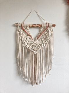 Macrame Tutorial, Diy Tutorial, Old Mother, Macrame Art, Wall Hangings, All Design, Arts And Crafts, Wall Art, Pattern