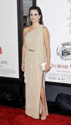 Penelope-Cruz-To-Rome-With-Love-LA-Film-Festival-Premiere.jpg (630×1100)