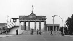 Berlin | Geteilte Stadt. Brandenburger Tor. 1966