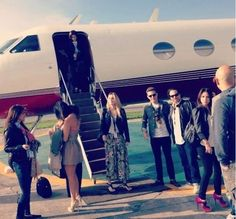 Nuestros invitados antes de abordar el avión que los llevó a vivir el lanzamiento de nuestro #NuevoBoxster