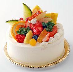 フルーツいっぱいのデコレーションケーキ5号