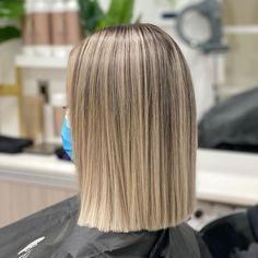 Blunt Cut Long Hair, Blunt Cuts, Brown Hair Balayage, Blonde Hair, Angled Bobs, How To Cut Your Own Hair, Hair Color And Cut, Layered Hair, Hair Trends