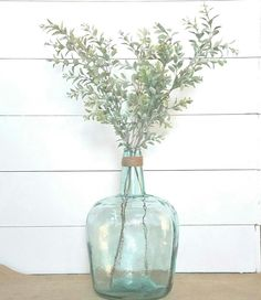 Large Glass Vase, Glass Jug, Home Decor Near Me, Cute Home Decor, Home Staging, Green Vase, Rustic Farmhouse Decor, Hallway Decorating, My Living Room