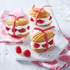 #Sweet #madeleines aux #framboises