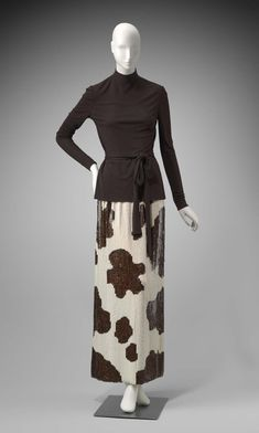 1969, America - Ensemble by Norman Norell - Top: Silk jersey, knit; Skirt: Silk jersey, sequins