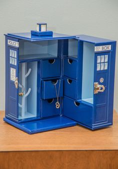 For all those Dr. Who fans out there...      Bigger on the Inside Jewelry Box, #ModCloth