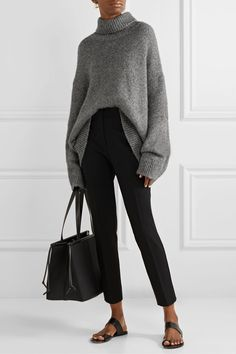 Grey Sweater Outfit, Sweater Outfits, Casual Outfits, Cute Outfits, Fashion Outfits, Womens Fashion, Raglan Pullover, Grey Turtleneck, Oversized Grey Sweater